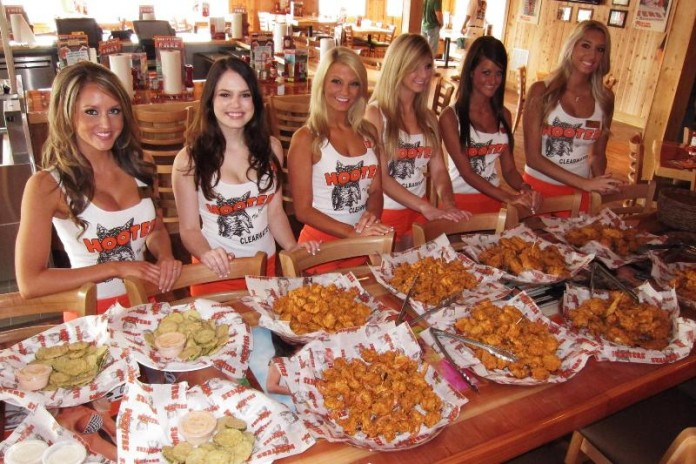 Hooters-miami-orlando-pratos 1
