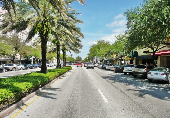 Miracle_Mile_in_Coral_Gables_