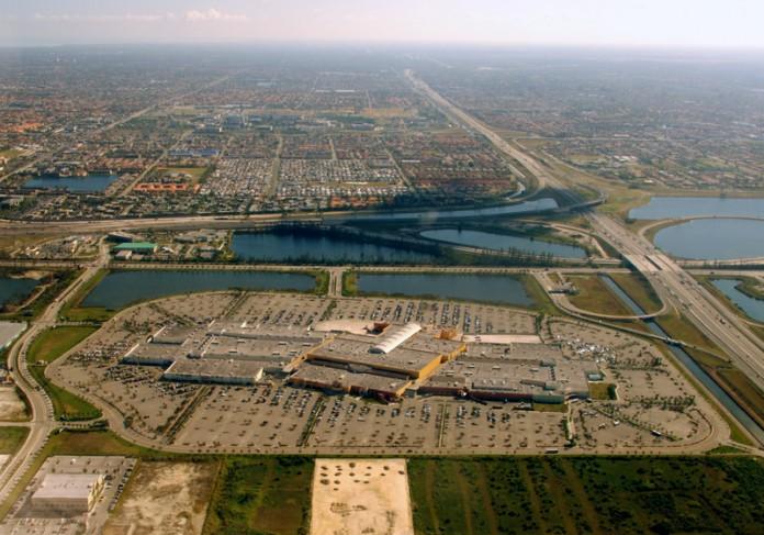 dolphin-mall-vista-aerea1