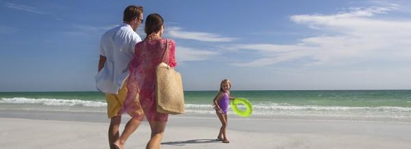 01 beach family