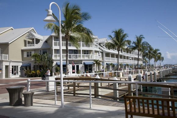 key_west_port_shopping_medium