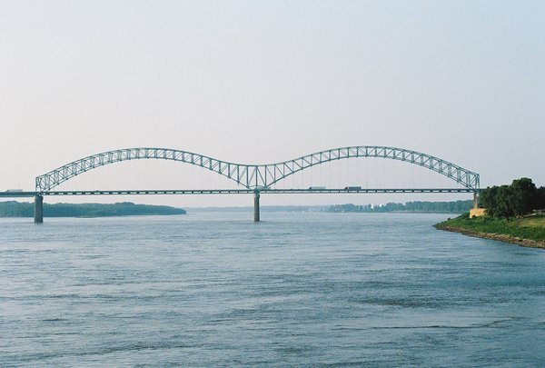 memphis_bridge_by_pictures_of_me