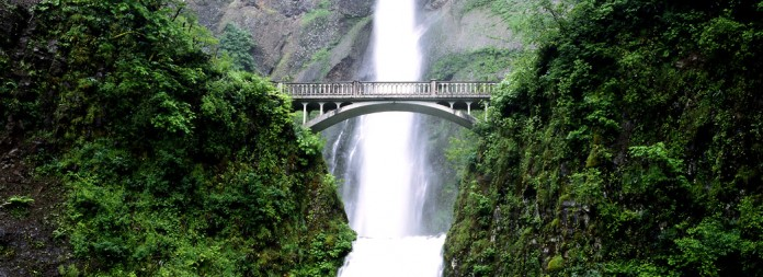 Multnomah Falls on the Columbia River Gorge